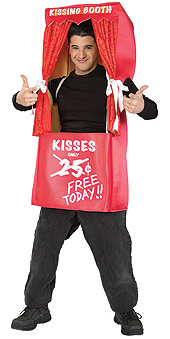 Kissing Booth Costumes